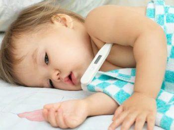 Fiebre alta y convulsiones en niños